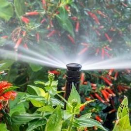 Material de jardiner a riego autom tico aspersi n for Riego automatico jardin